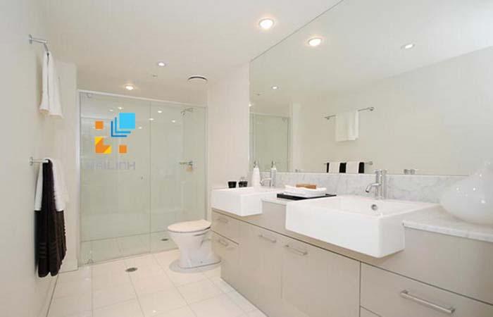 B n c u caesar v nh ng l u quan tr ng khi ch n mua for Channel 4 bathroom design ideas